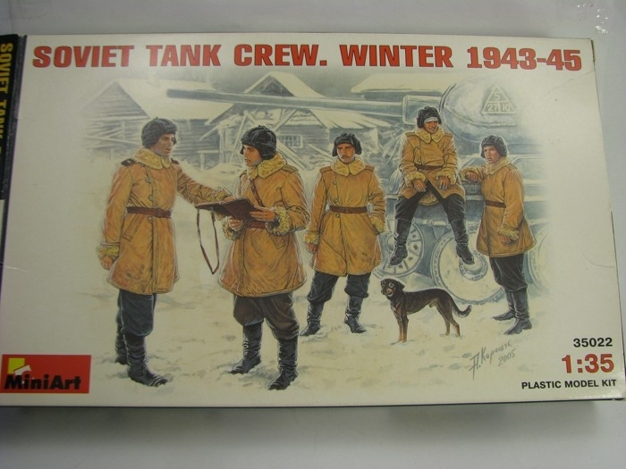 Soviet Tank Crew. Winter 1943-45 1:35 MiniArt